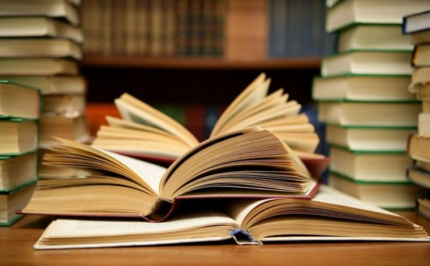 آغاز مبارزه با بیماری مهلک قاچاق کتاب
