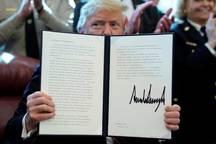 رهبر دموکرات ها در سنای آمریکا:از کشورمان در برابر ترامپ مکار دفاع می کنیم
