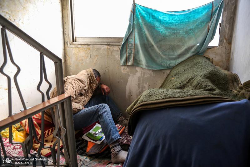 پلمب خانه های مجردی در اطراف میدان امام حسین(ع)