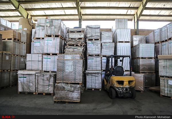 کشف 10 میلیارد ریال لوازم یدکی احتکار شده در شیراز
