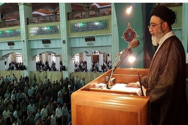 امام جمعه تبریز: اقدمات قوه قضاییه در مبارزه با فساد را ارج مینهیم