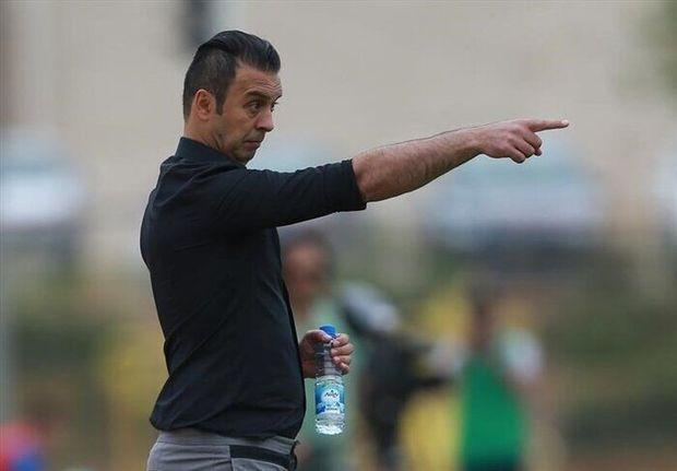 پاشازاده از هدایت تیم فوتبال شهرداری ماهشهر استعفا داد