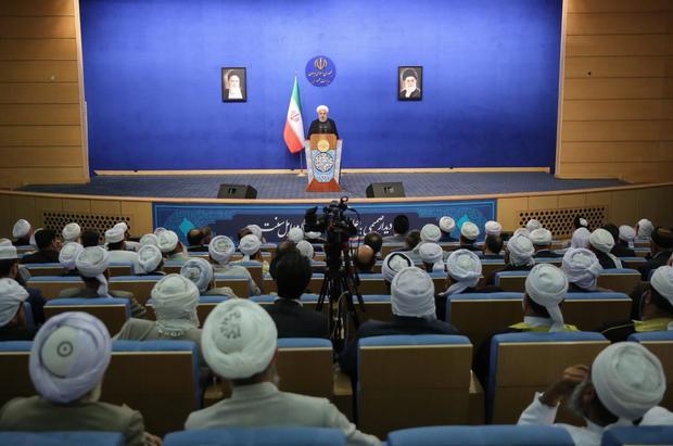 روحانی: برادران اهل سنت مرزداران صدیق کشور هستند/ ما همه ایرانی و مسلمان هستیم و اعتقاد ما این است