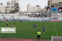 توقف تیم قشقایی شیراز مقابل تیم نیروی زمینی در رقابتهای فوتبال دسته یک