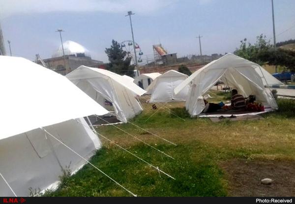 کمک دانشگاه علوم پزشکی شیراز به هموطنان سیل زده