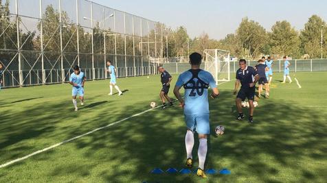 ویلموتس؛ مرد شاداب و خوشحال تمرین تیم ملی/ شوخی مرد بلژیکی با سردار و کریم + گزارش تصویری