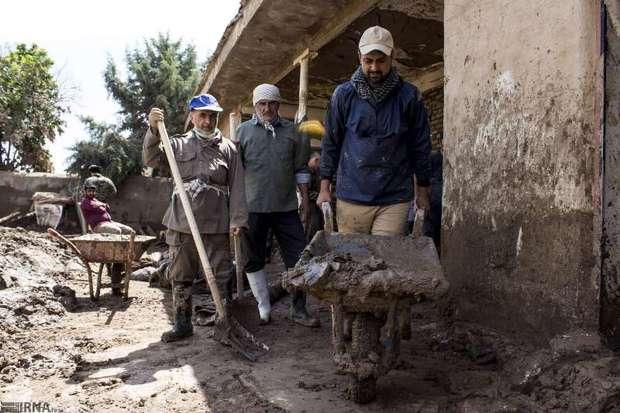 اعزام بسیجیان سمنان به روستای سیلزده چم مهر لرستان