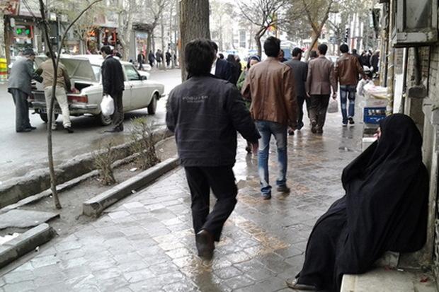 اختصاص پارکینگ های مرکز شهر ارومیه به بازار شب عید دستفروشان