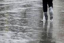 امدادگران نجف آباد، سیلاب راه یافته به برخی از مناطق را تخلیه کردند