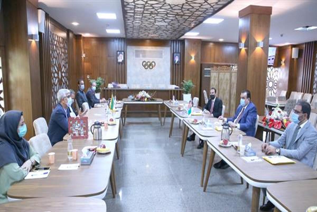نشست مشترک مسئولین ورزش کشور افغانستان با رئیس و مدیران آکادمی ملی المپیک
