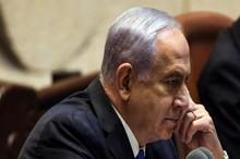 تحقیر نخست وزیر سابق اسرائیل/نتانیاهو را به زور از صندلی کابینه بلند کردند