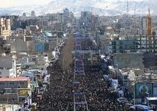 ایران: مسیرات جماهیریة ملیونیة بإنتصار الثورة الاسلامیة