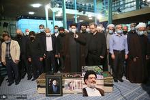 مراسم تشییع حجت الاسلام و المسلمین محتشمی پور (ره) در حسینیه جماران