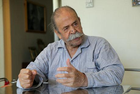 محمدعلی کشاورز در بیمارستان بستری شد