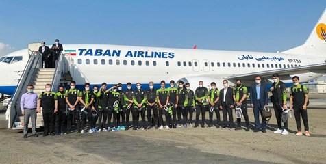 تیم های فوتبال و فوتسال ایران به تاشکند رسیدند