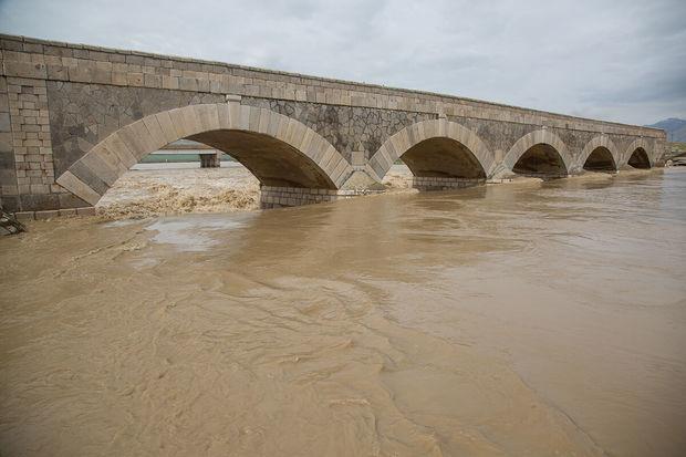 رودخانههای کرمانشاه سیلابی میشوند