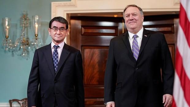 اصرار وزیر خارجه آمریکا بر حضورش در مذاکرات با کره شمالی به رغم انکار پیونگ یانگ