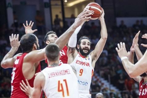 باخت آبرومندانه تیم ملی بسکتبال برابر اسپانیا/ حسرت پورتوریکو زنده شد!+عکس