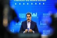 ونزوئلا بنزین را سهمیه بندی کرد/ وقوع یک جنگ تمام عیار اقتصادی با آمریکا