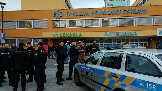 تیراندازی در بیمارستانی در جمهوری چک و کشته شدن 6 تن+تصاویر