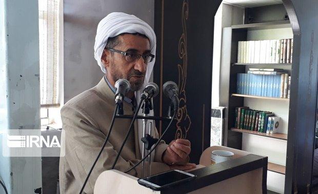 قرآن کریم محور وحدت مسلمانان جهان است