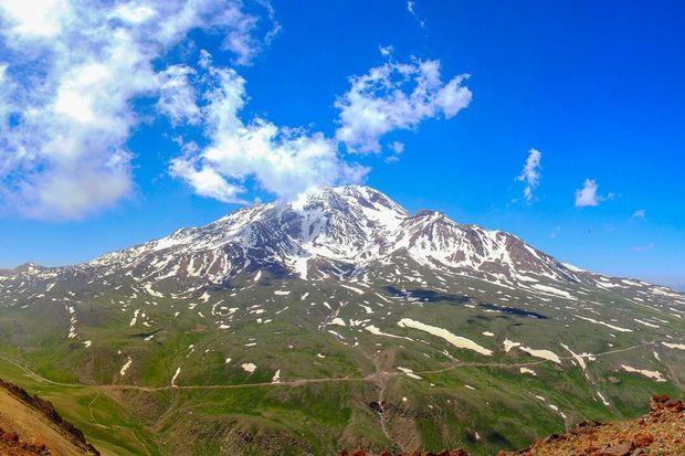 کوه سبلان سنددار می شود