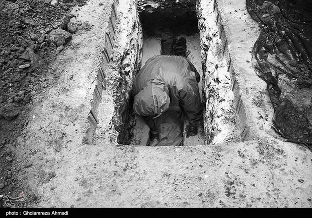 خاکسپاری درگذشتگان مبتلا به کرونا در بهشهر + تصاویر