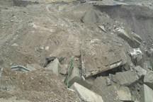 سیلاب 2 محور روستایی قلعه گنج را مسدود کرد