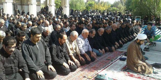 برپایی نماز ظهرعاشورا در البرز