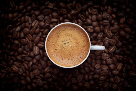 قهوه ابزاری برای نجات موها!
