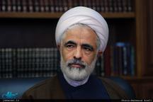 مجید انصاری: ارتباط اصلاحطلبان با رهبری به حداقل خود رسیده است/ عقب نشینی آشکاری در مواضع روحانی نمیبینم