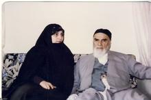 تصویری که در منزل حاج احمد آقا ثبت شد