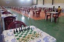 مسابقات ملی شطرنج سریع در آبدان بوشهر آغاز شد
