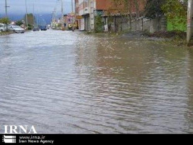 سیلاب بیش از 300 خانه را در زیراب تخلیه کرد