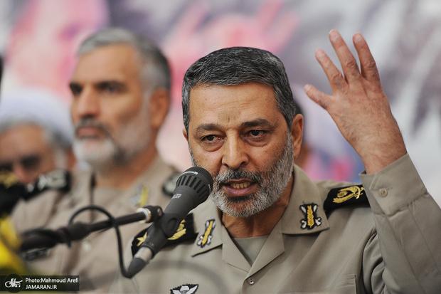 فرمانده کل ارتش: سردمداران رژیم صهیونیستی شاید بخواهند از ترس مرگ خودکشی کنند
