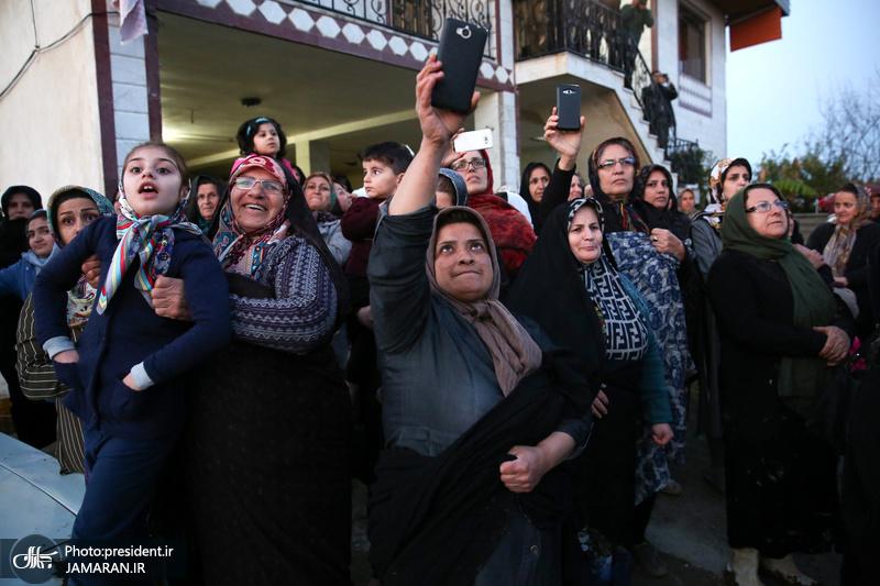 روحانی در جمع مردم روستای کردخیل مازندران