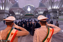 تجدید میثاق مهمانان کنفرانس وحدت اسلامی با آرمانهای امام خمینی(س)