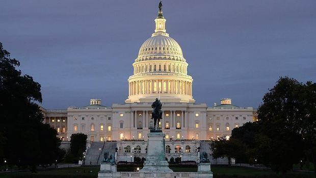 تشدید تنش میان کنگره و کاخ سفید بر سر استیضاح ترامپ