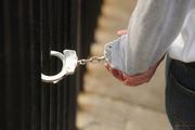 دستگیری 17 توزیع کننده مواد مخدر در ملایر
