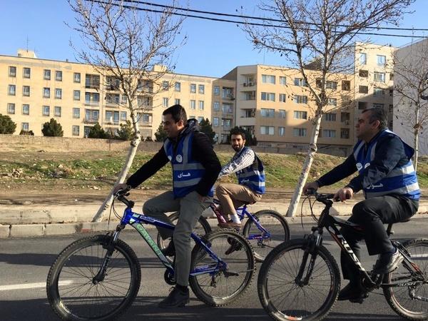 استاندار البرز با دوچرخه به استقبال هفته هوای پاک رفت