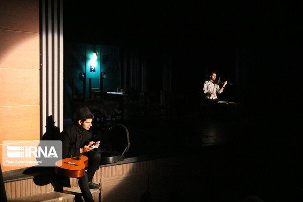 جشنواره تئاتر فتح خرمشهر با معرفی آثار برتر به کار خود پایان داد