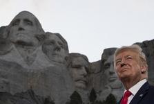 نمکی که ترامپ همچنان روی زخم معترضان آمریکایی می ریزد