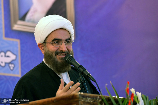 امام جمعه موقت تهران: انتخابات به منزله بیعت مردم با ولی امر است