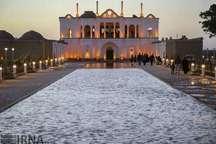 باغ فتح آباد کرمان در صدر بازدیدهای نوروزی قرار گرفت