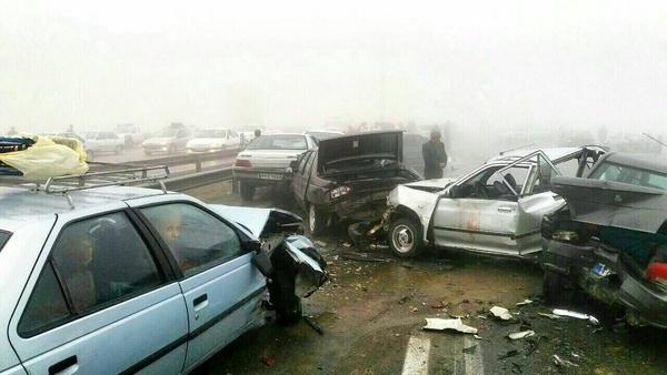 تصادف زنجیرهای در لرستان با ۱۴ کشته و زخمی