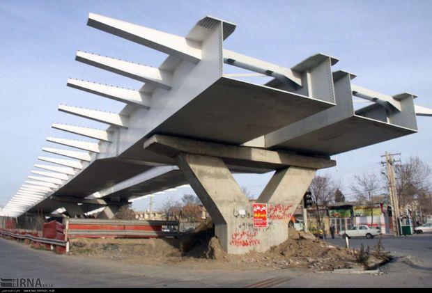 عملیات احداث پل رو گذر رودکی ۶۵ درصد پیشرفت فیزیکی دارد
