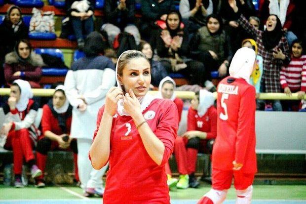 بانوی والیبالیست مهابادی به تیم لیگ برتری شهرداری قزوین پیوست