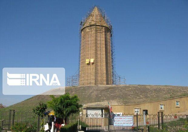 مرحله نخست محوطهسازی برج قابوس ۸۵ درصد پیشرفت دارد