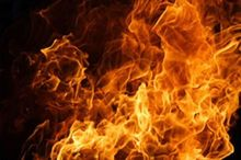 بیینید/ آتشسوزی در بازار رشت