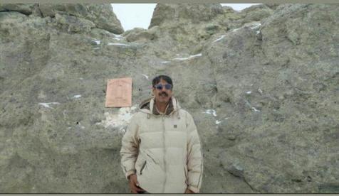 اولین نابینای مطلق به قله دماوند صعود کرد+ تصاویر